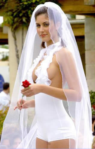 SEXIEST WEDDING DRESS IN THE WOLRD